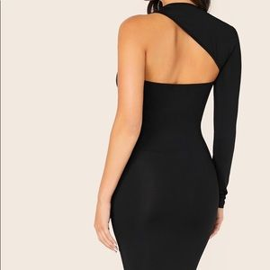 Asymmetrical neck body on dress